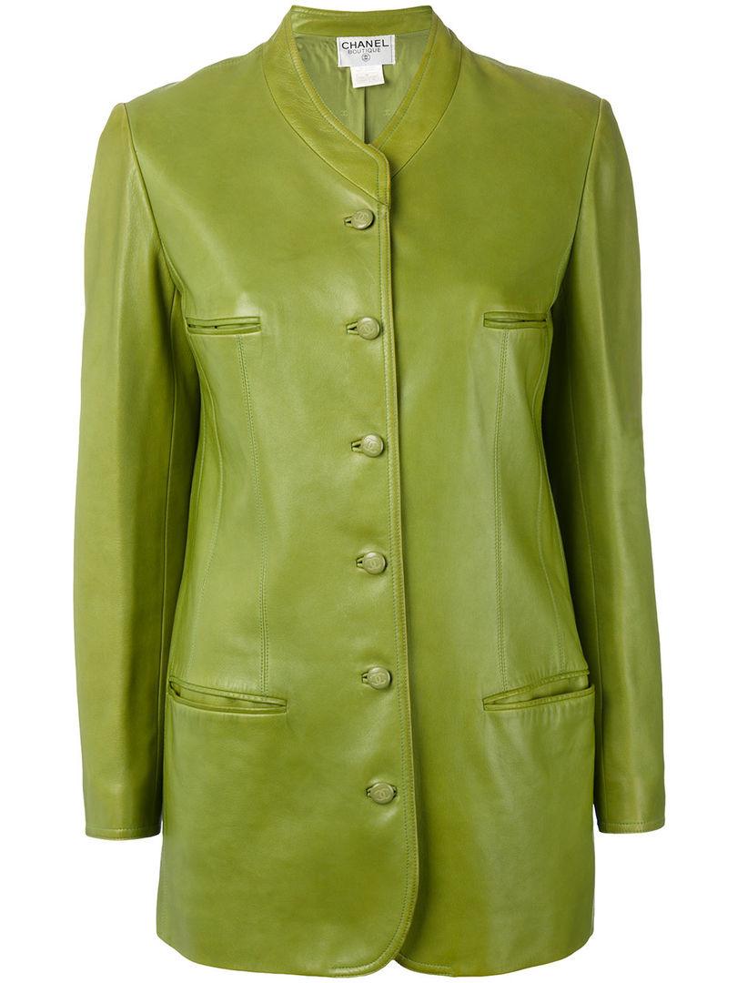 Куртка Chanel, цена: от 258 000 руб.