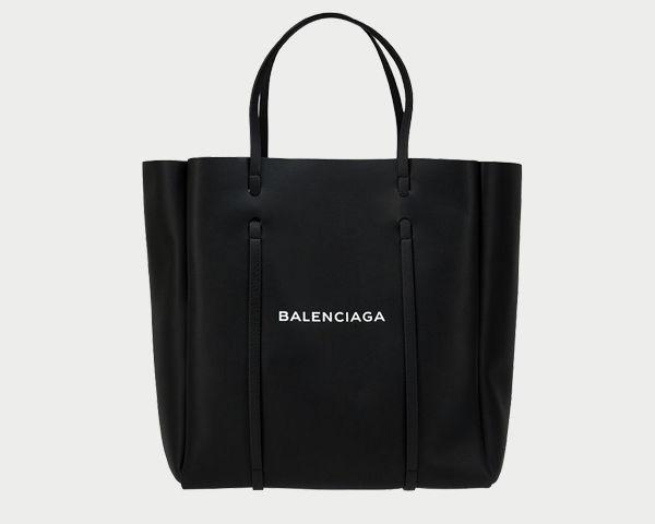 Сумка Balenciaga, от 66 000 руб.